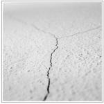 Jak opravit praskliny ve zdi