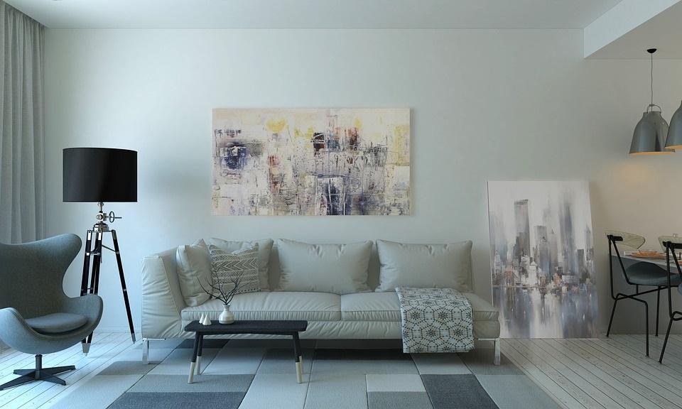 Malování interiéru.
