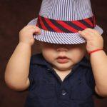 Oblékání není pro děti zrovna snadné. Ale můžete jim pomoci vhodným výběrem oblečení!